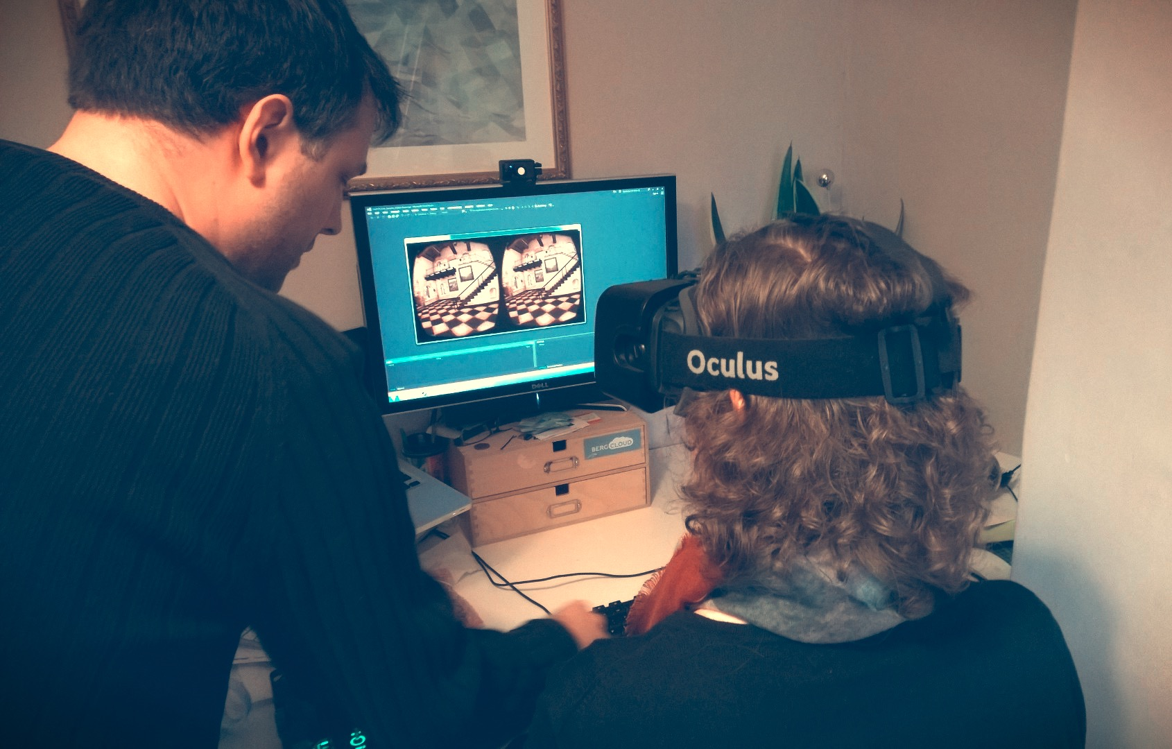 Nick guiding Laura through the Oculus Rift demos.