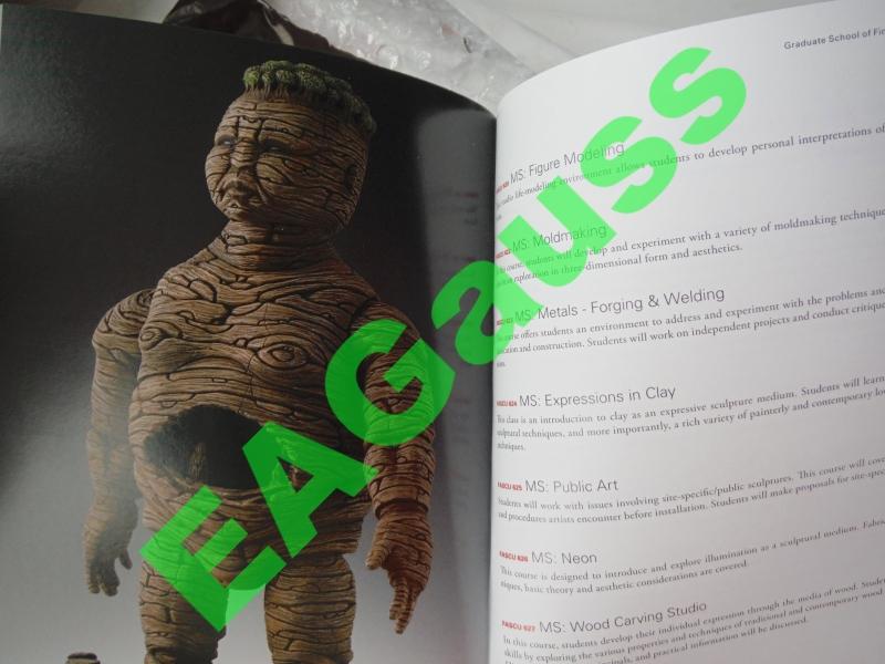 диски и каталог от Академии искусств США
